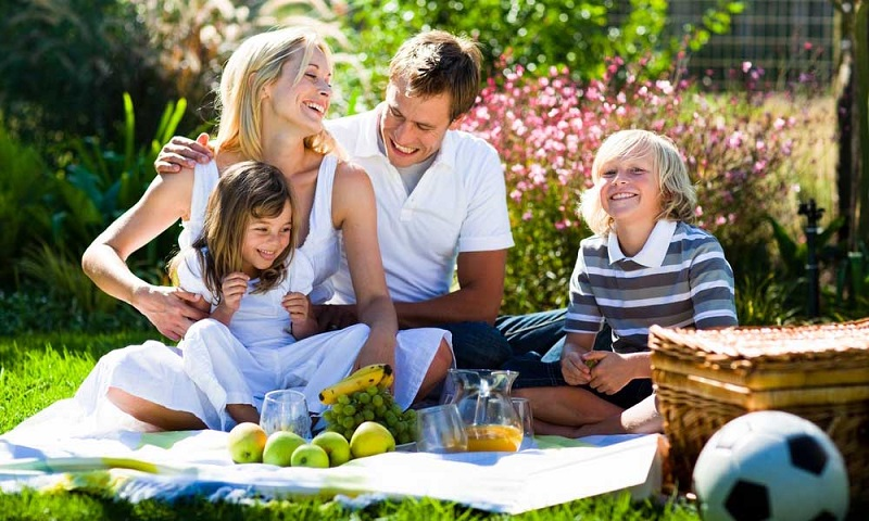 семья, отдых на природе, майские праздники