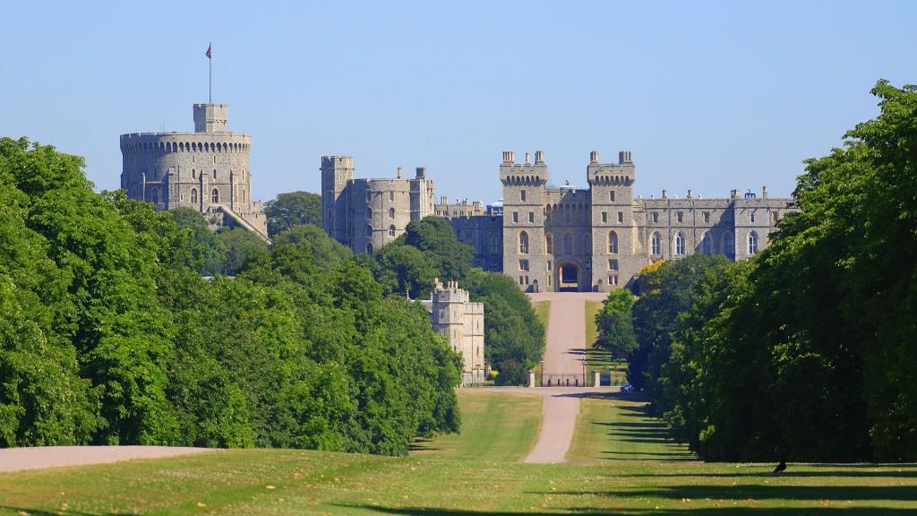 виндзорский замок Англия фото красивый парк