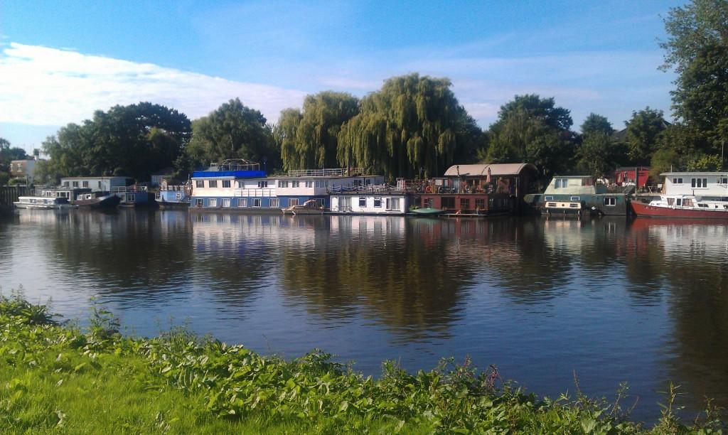Вид на Темзу Ричмонд Англия красивое фото