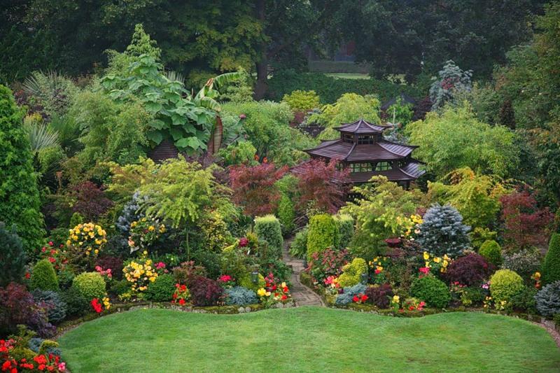 красивый сад цветник садовая беседка