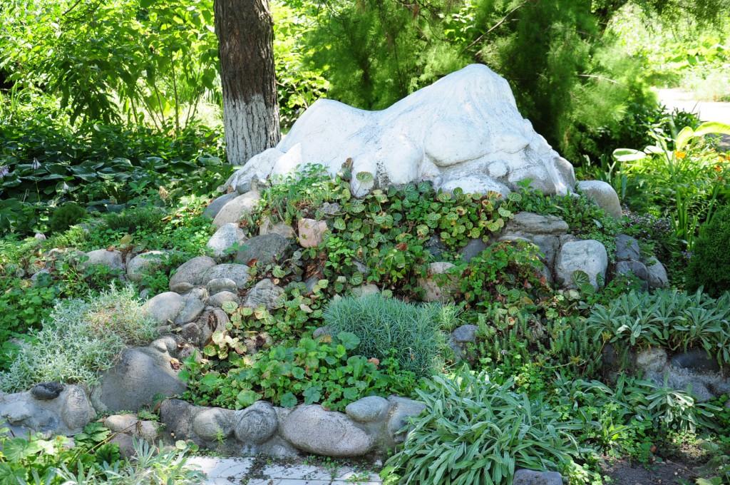 альпийская горка в саду своими руками