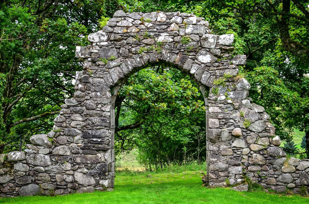 садовая арка из камня из кирпича арка своими руками