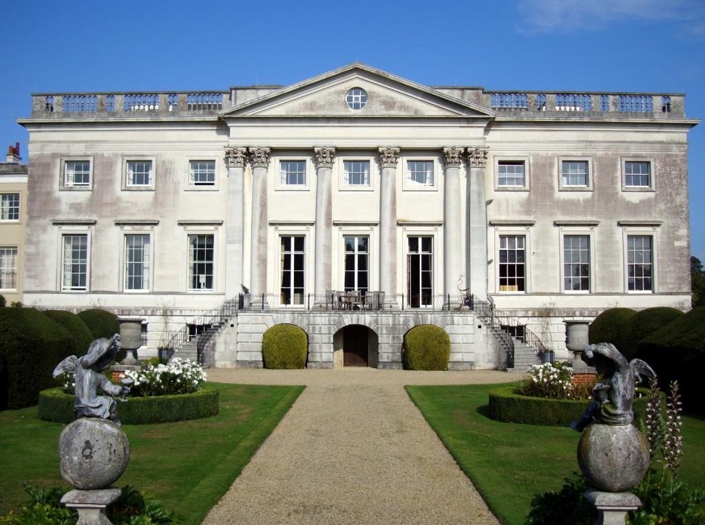 Gorhambury House сад статуи дорожки зеленый газон