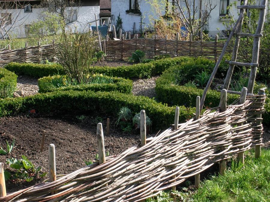 плетень в саду своими руками