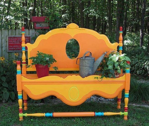 рабочее место в саду, мебель для сада, стол для сада, шкаф для садовых инструментов