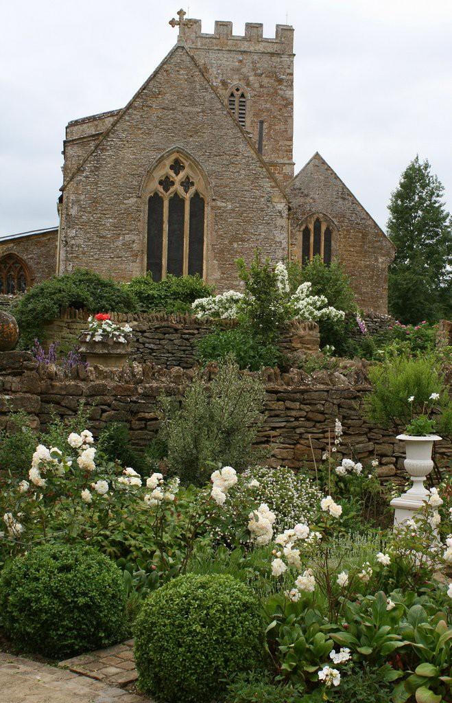 ascot garden красивый сад вазон