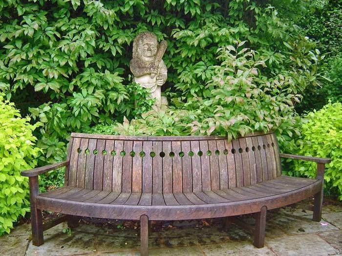 сады Бартон Хаус Англия Barton House красивый сад цветник садовая скамейка