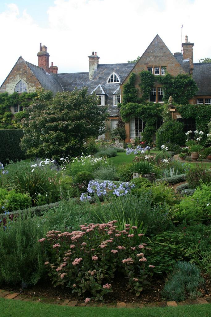 сады Котон Манорс Coton Manor Англия усадьба