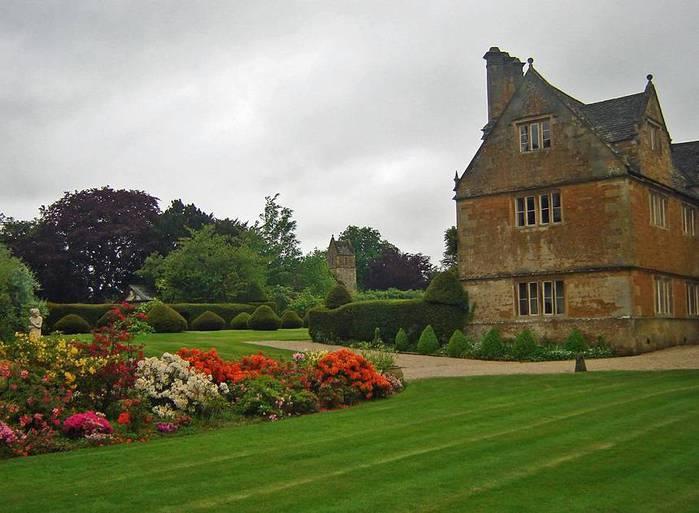 сады Бартон Хаус Англия Barton House красивый сад газон усадьба