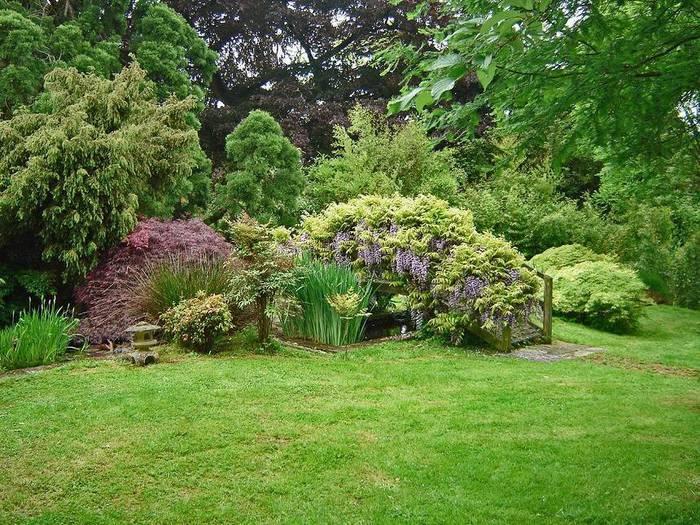 сады Бартон Хаус Англия Barton House красивый сад газон цветник