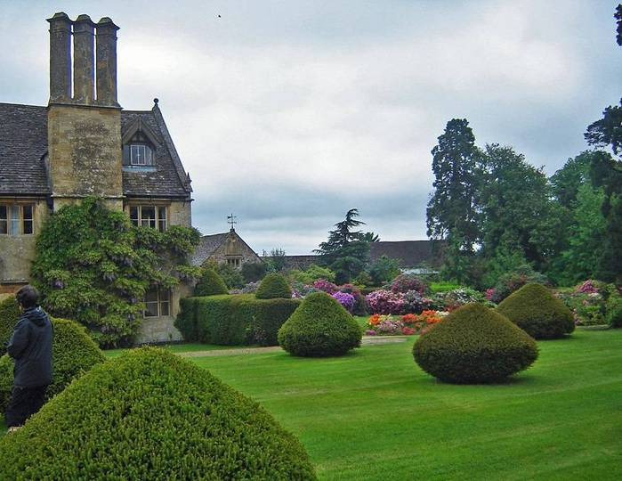 сады Бартон Хаус Англия Barton House красивый сад газон топиари