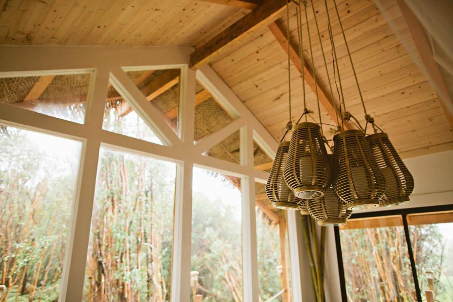 необычные светильники интерьер загородного дома своими руками