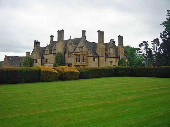 сады Бартон Хаус Англия Barton House красивый сад газон