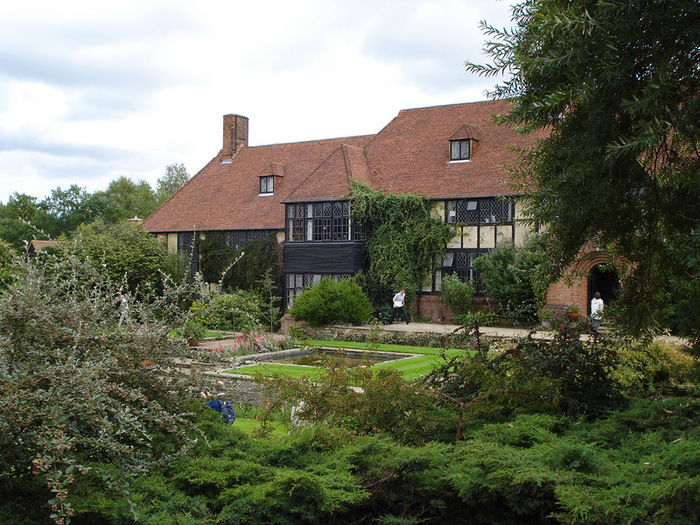 красивый сад сады Уизли Англия