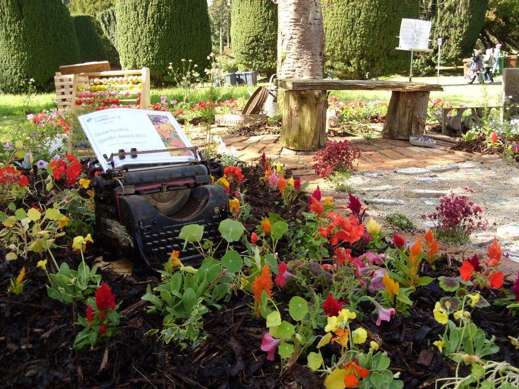 садовые фигуры клумба идеи для сада