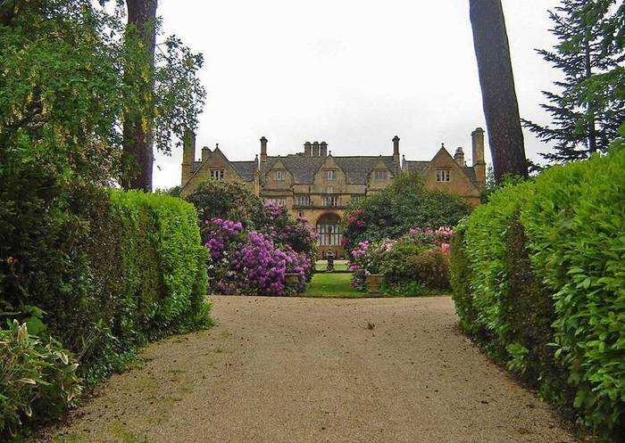 сады Бартон Хаус Англия Barton House красивый сад цветник