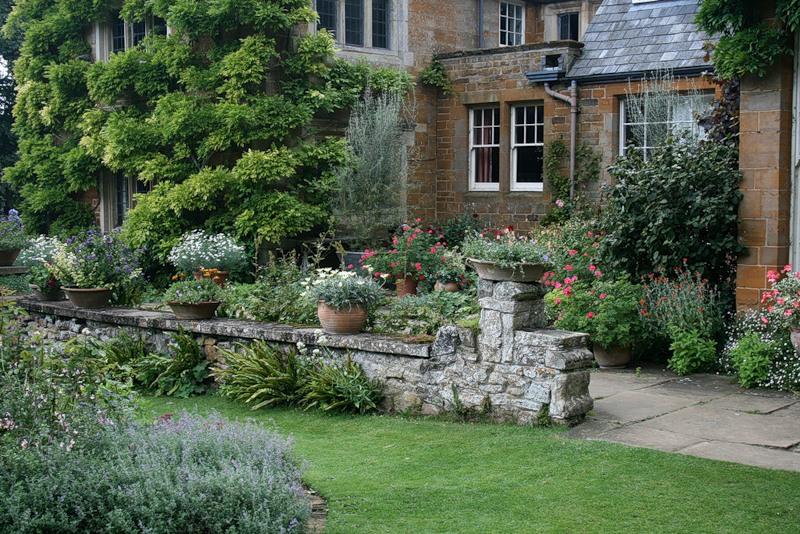 сады Котон Манорс Англия