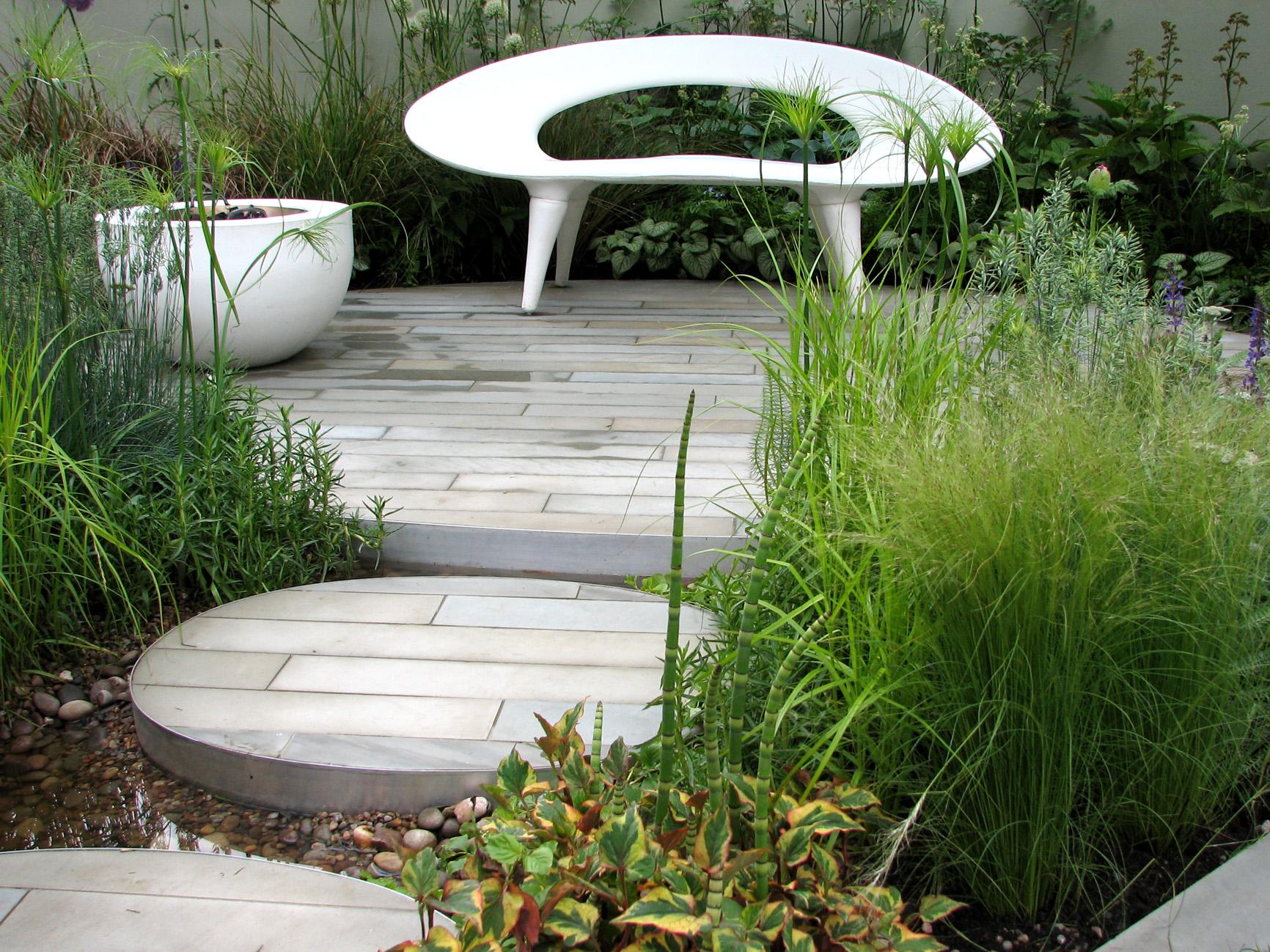 хай тек стиль сада оформление водоема ландшафтный дизайн