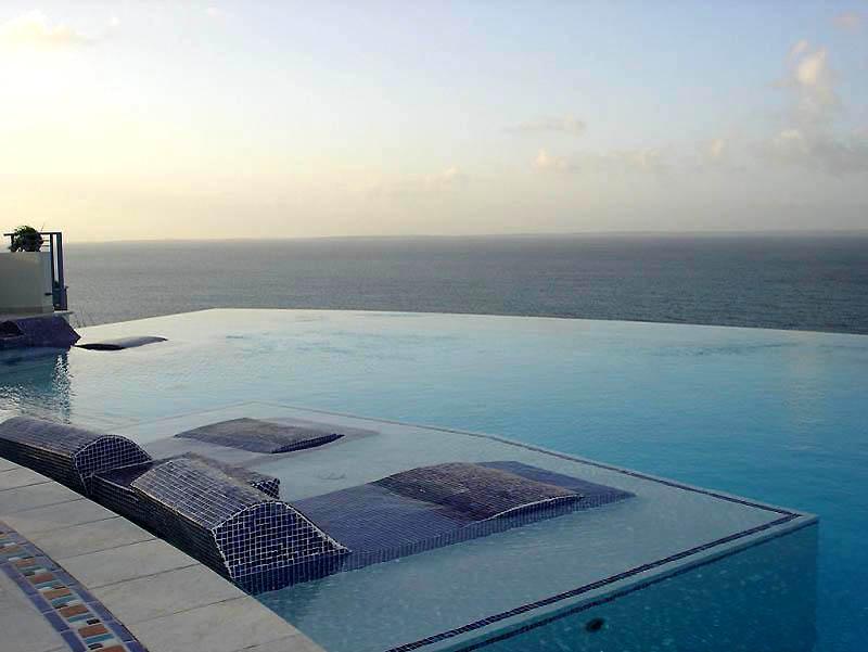 Отель «Mes Amis Resort».