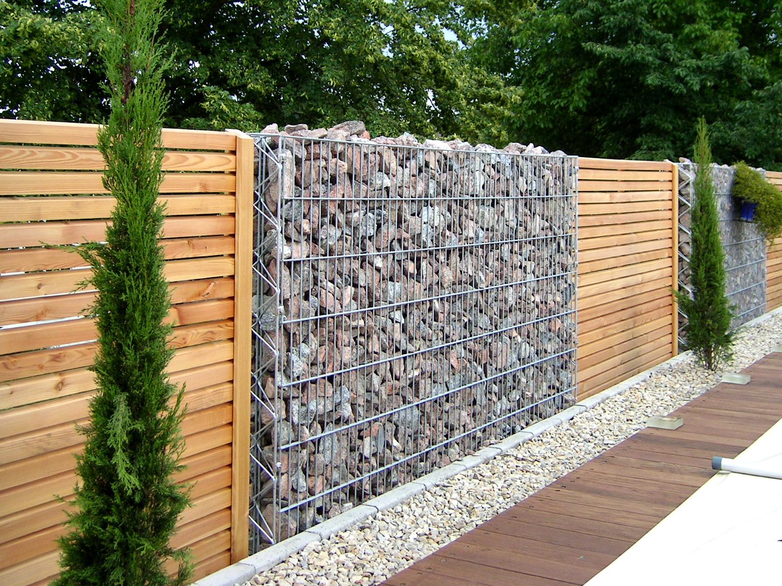 красивый деревянный забор секции габионы