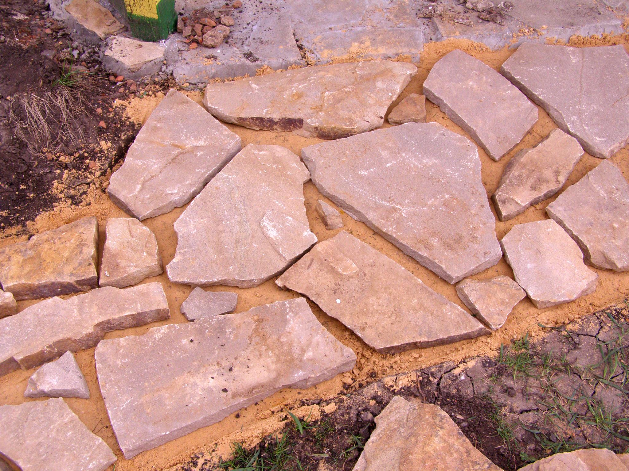 садовая дорожка из камня своими руками