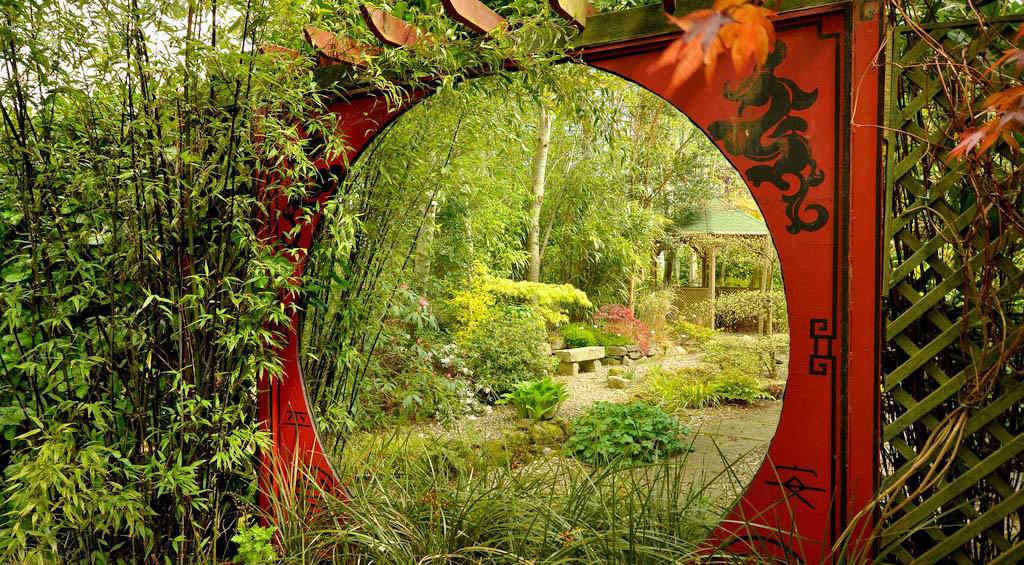 зеркала в саду украшение сада