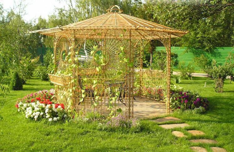 Какой должна быть беседка для сада