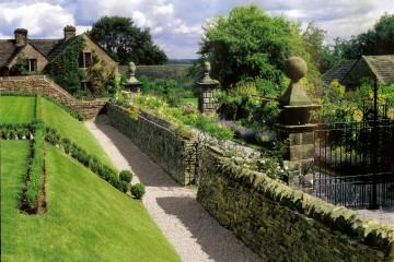 Классический английский сад терасса