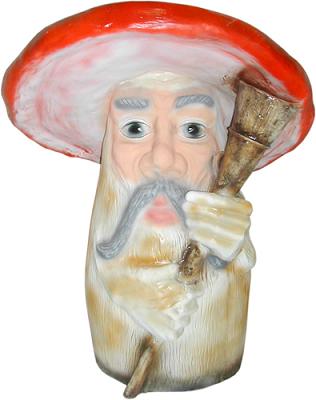 фото садовая фигура гриб боровик