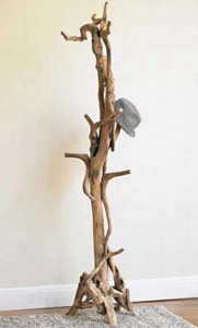 фото вешалка из дерева